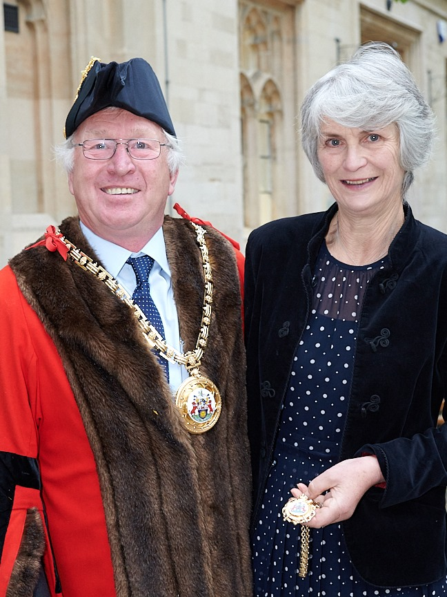 Photo of new town mayor cllr colegrave and his wife Julia